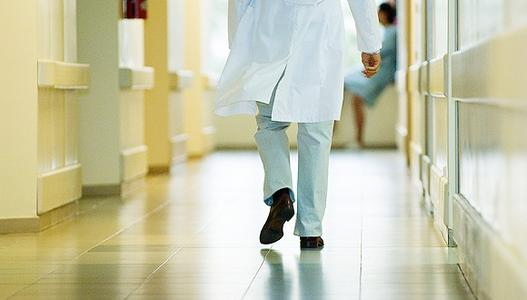 脑卒中盯上年轻人 专家提醒:需保持良好生活习惯