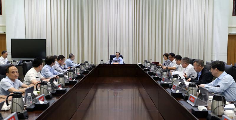 许达哲主持召开全省重点外贸企业座谈会