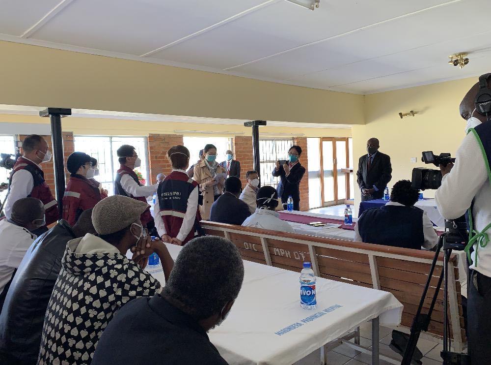 援非抗疫日记 在津巴布韦基层医院遇到了湘雅医学院毕业的医生