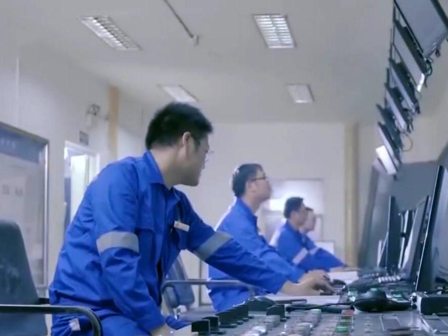衡钢造1500米深水管 创中国深度