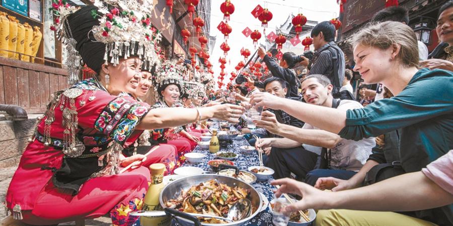 """【锦绣潇湘·十大文旅地标】 凤凰:""""中国最美丽的小城"""""""