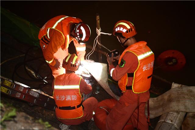 长沙消防湘西抗洪抢险显身手 成功处置一工地内涝事故