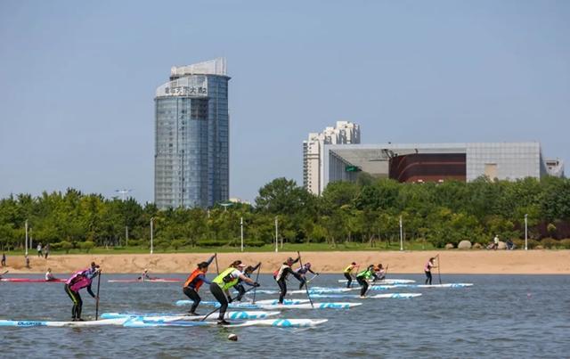 中国桨板联赛(日照站)开赛