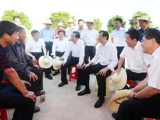 农业农村部来湘调研 许达哲一同调研并与韩长赋会谈