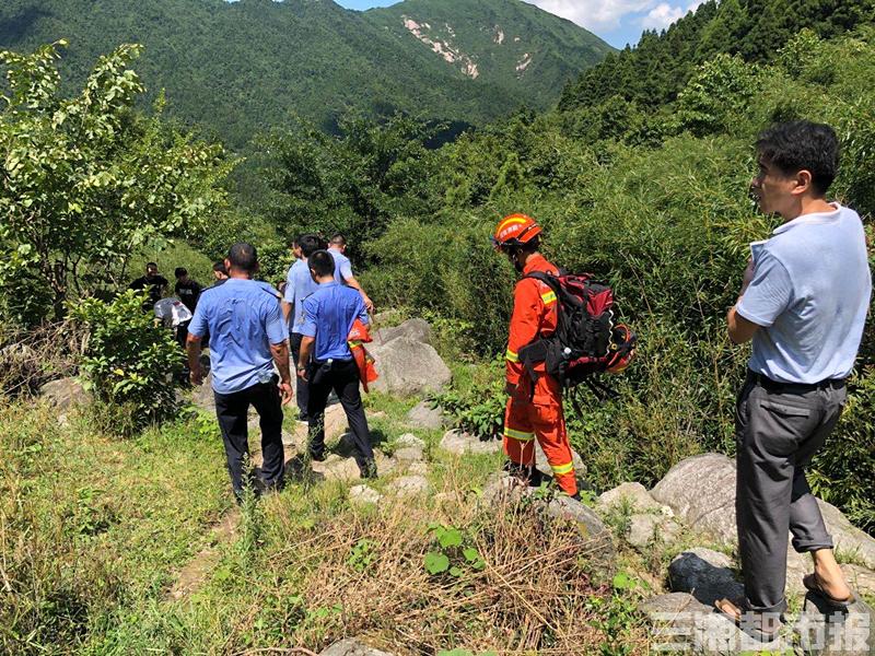 73岁娄底新化老人走失4天,百公里外衡阳景区找回