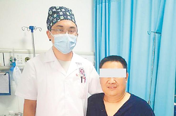 生命的奇迹!188个小时,8名男护士挽救1条生命