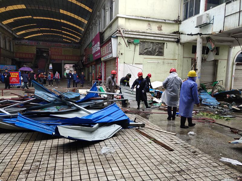 拆违2000余平方米!常德澧县湘鄂边贸城珍珠市场根治火灾隐患