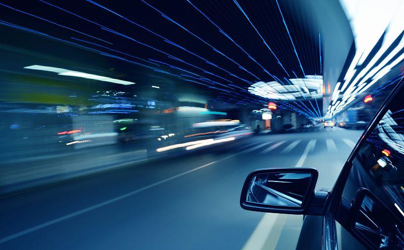 大客车高速上恶意别车,驾驶人被依法逮捕