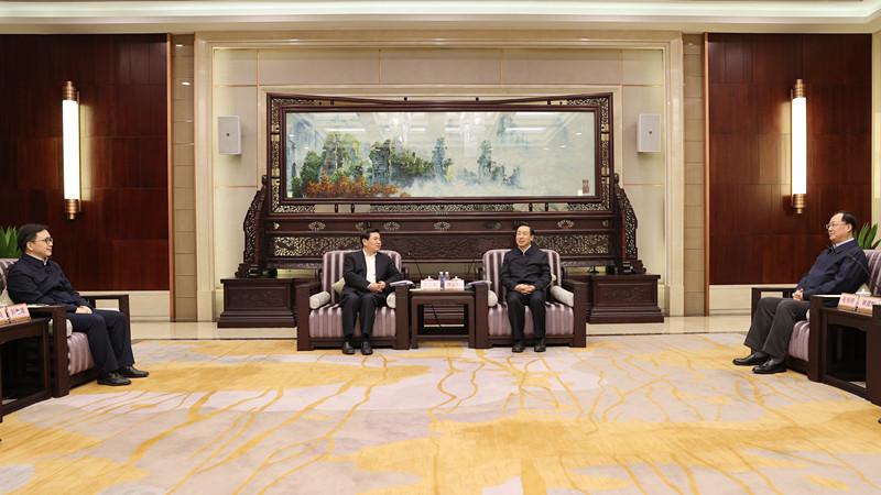 皇冠滚球与中国民航局签署战略合作框架协议