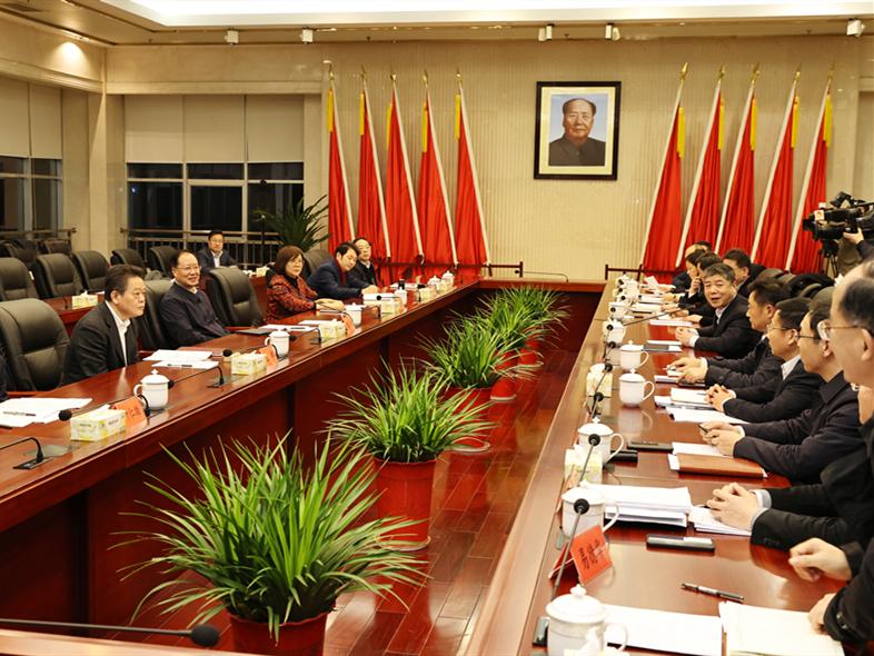 """毛伟明在省财政厅调研时强调为实施""""三高四新""""战略提供坚强财力保障"""