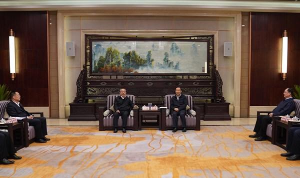 湖南省与南航签署战略合作框架协议