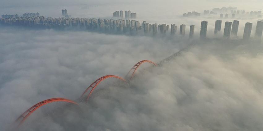 晨起就感受腾云驾雾?长沙今早平流雾刷屏朋友圈