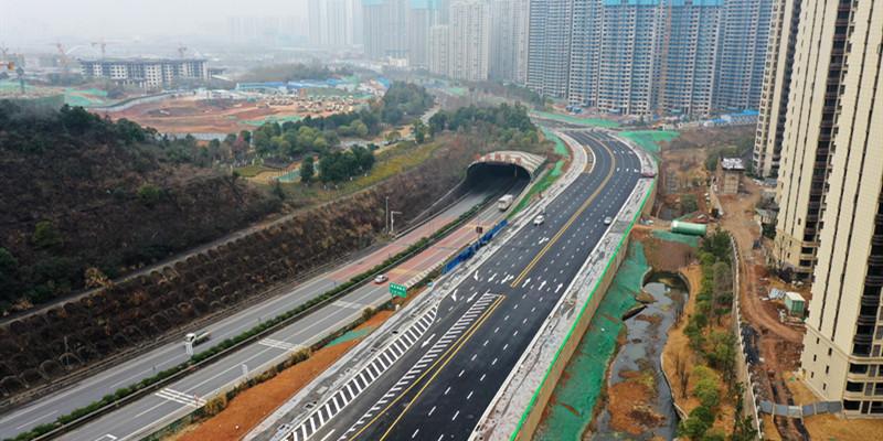 长沙梅浦联络线北段主体建成