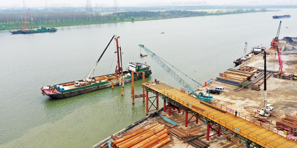 香炉洲大桥 项目施工忙