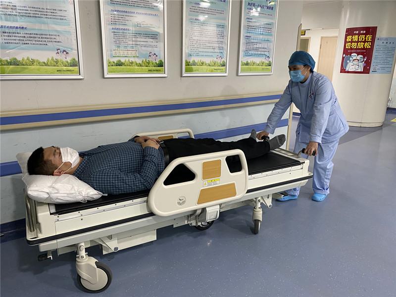 湖南首台医用电动转移车入驻湖南省人民医院脊柱外科