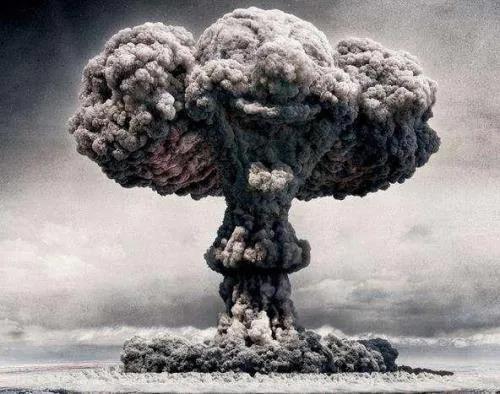 致敬闪耀的足迹⑧:大漠升起蘑菇云