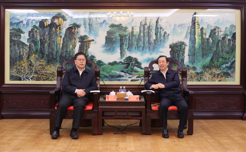 许达哲会见北京大学党委书记邱水平