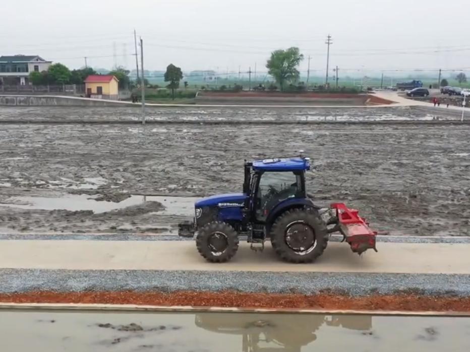皇冠滚球首个无人农场项目投入运营