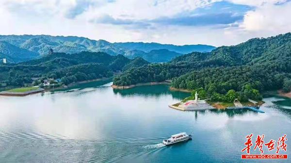 """酒仙湖·今昔篇│以前坐快艇一圈就看完的酒仙湖,现在""""丰满""""多了"""
