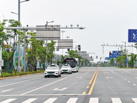 湘潭市多家机关、单位开设便民停车位