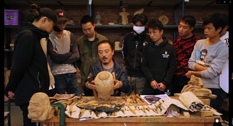 """了不起!看""""中国木雕状元""""是怎样炼成的"""