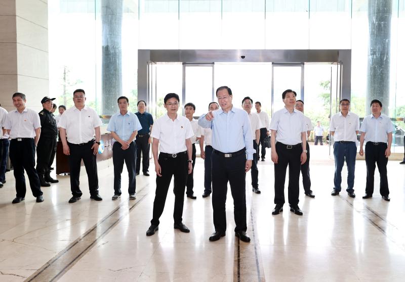 """毛伟明在部分省属国有企业调研时强调:勇担""""三高四新""""战略实施的主力军"""