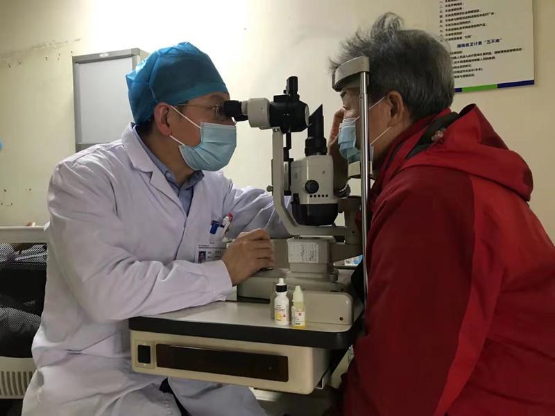 急性青光眼发作48小时内可致盲,24小时急救通道挽救视力