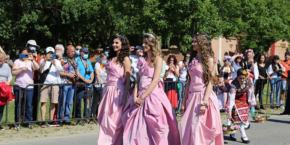 保加利亚卡赞勒克庆祝玫瑰节