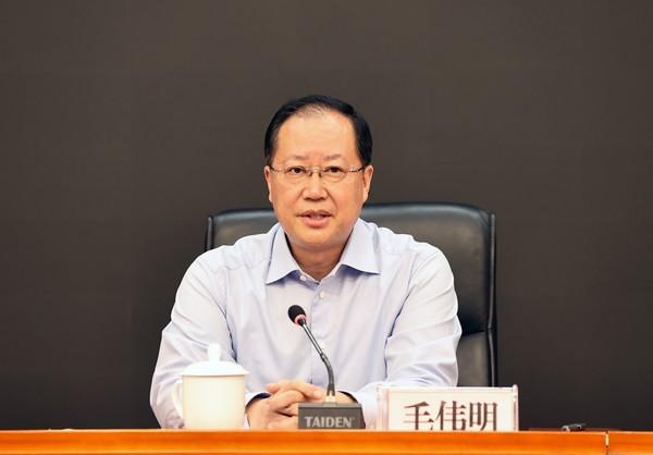 毛伟明:为庆祝建党100周年营造安全稳定的社会环境
