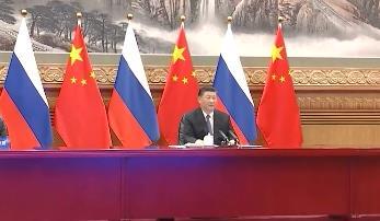 习近平同俄罗斯总统普京举行视频会晤