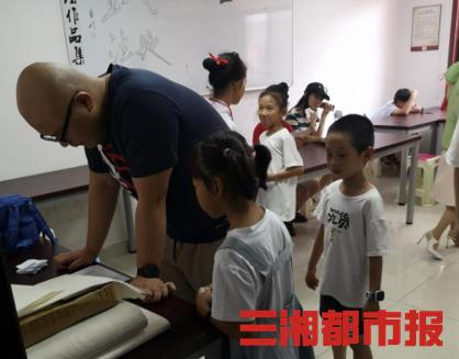 丰富青少年暑假文化生活,长沙天心区文化馆举行少儿主持公益培训班选拔赛