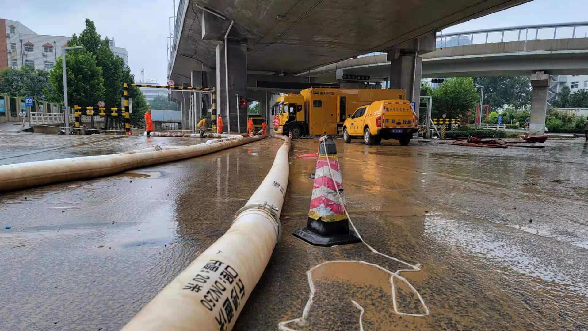 长沙迪沃紧急驰援郑州,为灾后重建全力以赴