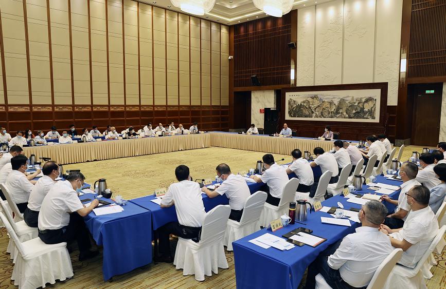 毛偉明在省政府參事座談會上寄語:求最大同心圓 求最大公約數 求最大向心力
