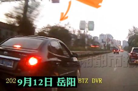 前车压线影响通行,男子恶意别车被拘留