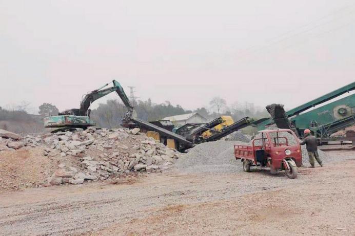 未批先建还非法排污,湘潭一企业赔了产线还折钱