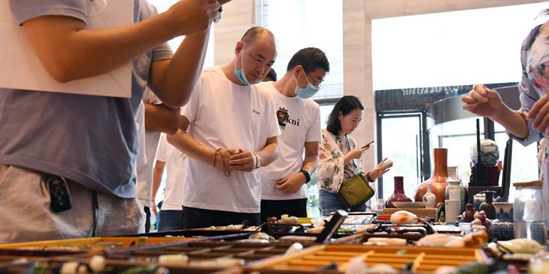 首屆長沙古玩藝術品博覽會開幕