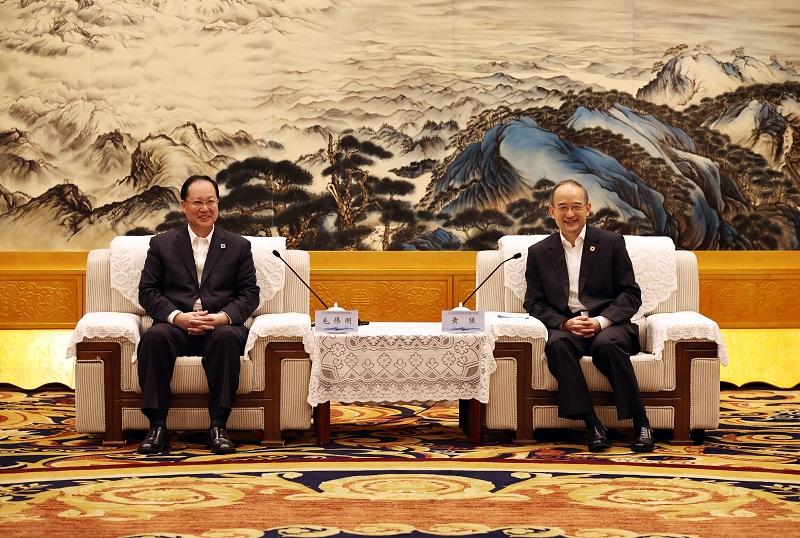 湖南省政府與四川省政府舉行會談 毛偉明黃強出席并講話