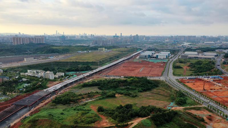 长沙红旗路高架桥主线顺利贯通,可直通绕城高速