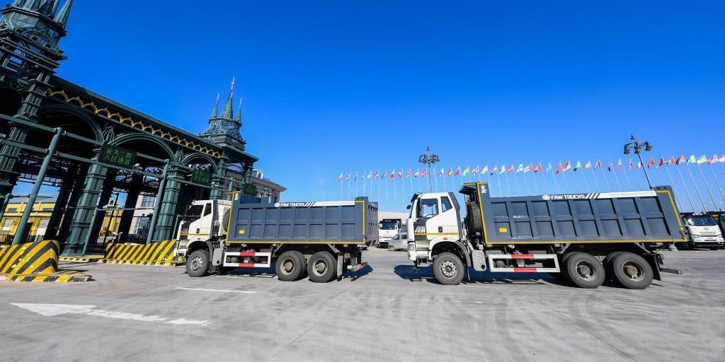 工程机械设备成为满洲里综合保税区出口主力