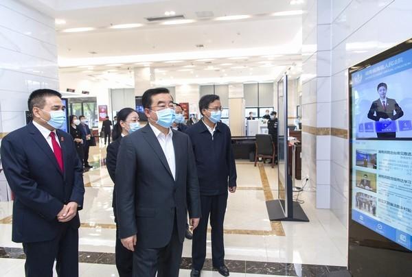 张庆伟在省高院调研:坚持服务大局司法为民公正司法 推动新时代法院工作高质量发展
