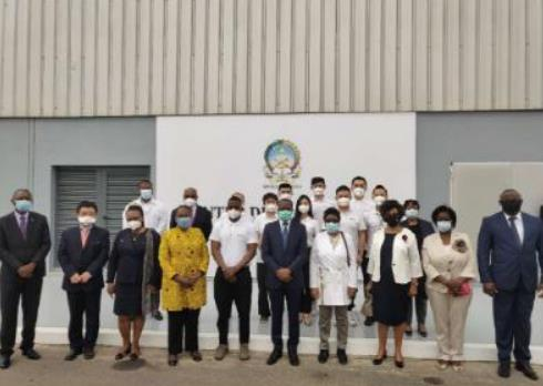 新冠病毒检测实验室填补安哥拉全自动检测空白中国技术获赞赏