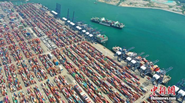 深圳盐田国际集装箱码头。<a target='_blank' href='http://www.chinanews.com/'>中新社</a>记者 陈文 摄