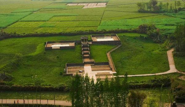 """三星堆遗址考古发现6座""""祭祀坑"""" 已出土500余件重要文物 新湖南www.hunanabc.com"""